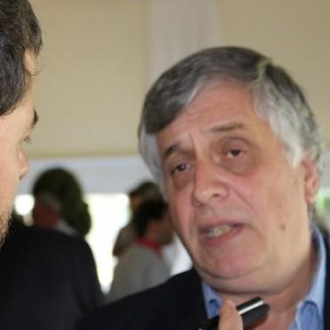 El ministro Moralejo gestionó donaciones de CRESUD para los productores.