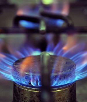 Plantean suspender el aumento del gas
