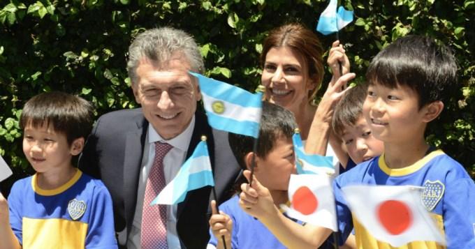 Macri saludó a los chicos de la escuela de Boca en Japón