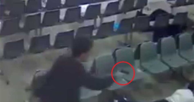 Escalofriante video de terrorista fusilando a guardia del parlamento