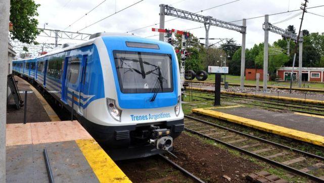 Ferroviarios sin acuerdo salarial, confirmaron que paran el martes