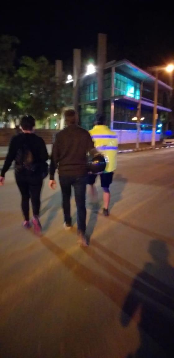 Detuvieron a dos personas por violar la cuarentena obligatoria.