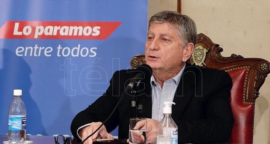 El gobernador de La Pampa advirtió que no le