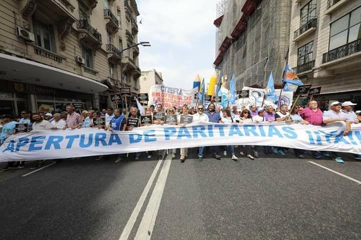 Utelpa La Pampa: PARO Y MOVILIZACIÓN DOCENTE! 13 de septiembre