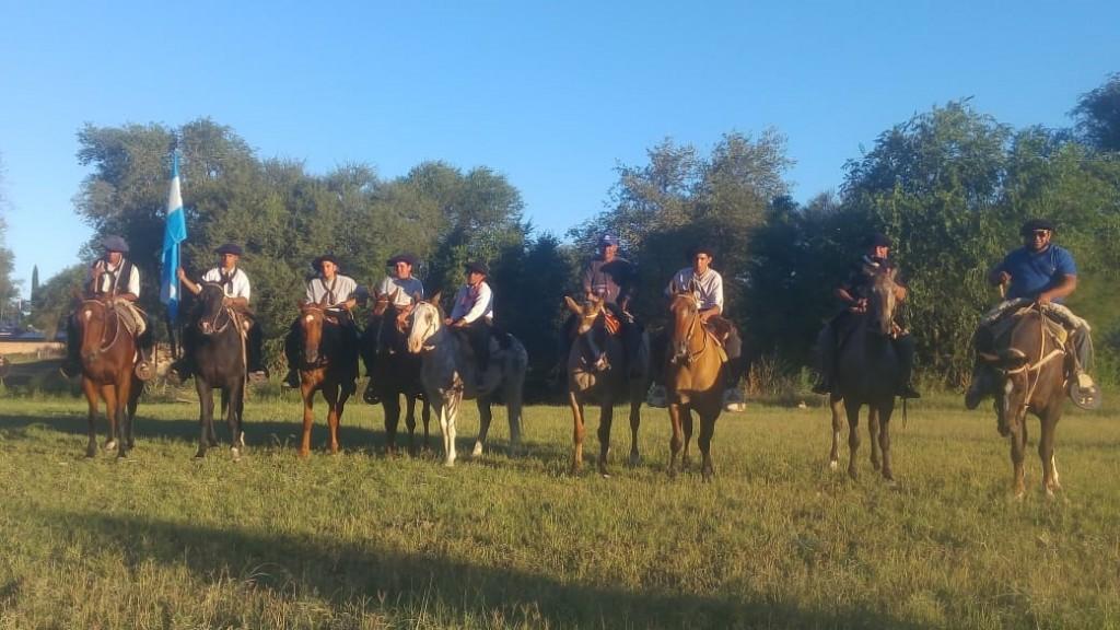 Invitan a participar de cabalgata Victorica-Loventuel para el 2 de octubre 2021