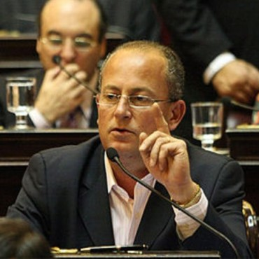 """Senador Juan Carlos MARINO: """"Me solidarizo, con los afectados, por los incendios, en el  oeste""""."""
