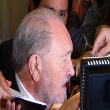 El gobernador Carlos Verna realizó un balance de la gestión luego del brindis de Fin de Año.