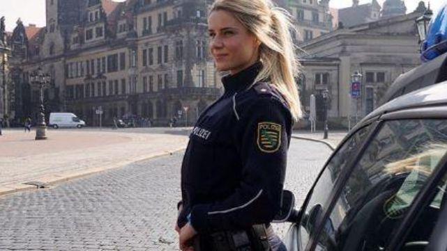 Mujer policía hot, furor en Instagram, hizo